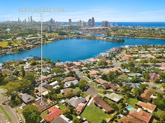 260 Rio Vista Boulevard, Mermaid Waters QLD 4218
