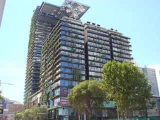 1101/2 Chippendale Way
