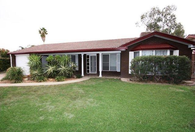 10 Lenore Crescent, Wee Waa NSW 2388