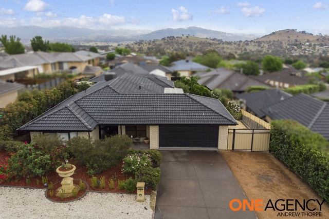 8 Wittunga Crescent, ACT 2906