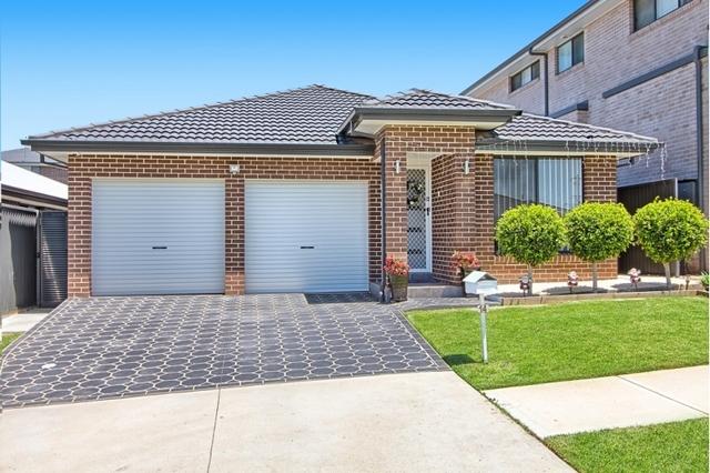 14 Little John  Street, NSW 2171