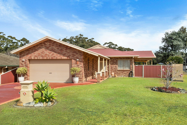 1 Valley Drive, Mollymook NSW 2539