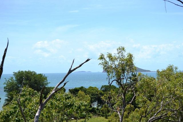 5 Armit Court, Hideaway Bay QLD 4800