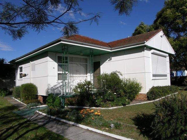 42 Edward Street, Woy Woy NSW 2256