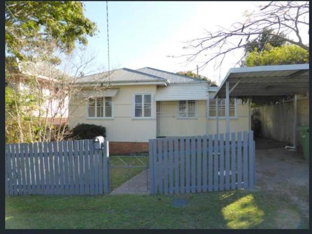 38 Garnet Street, Scarborough QLD 4020