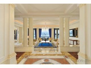 Palazzo Versa... Seaworld Drive