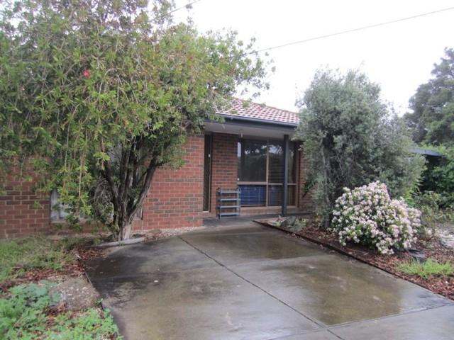 12 Whipbird Close, Werribee VIC 3030