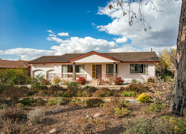 112 Eucumbene Drive, Duffy ACT 2611