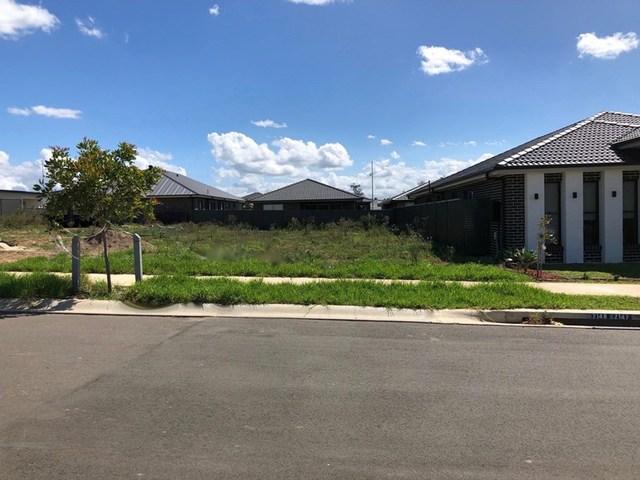 7 Williamson Street, Oran Park NSW 2570