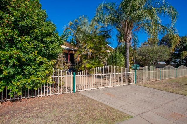 86 Hypatia Street, Chinchilla QLD 4413