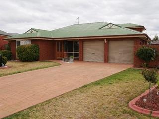 7 Teramo Street Leeton NSW 2705