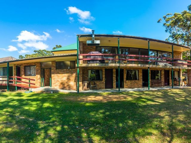 48 ( 50 - 52 ) Trafalgar Rd, Tuross Head NSW 2537