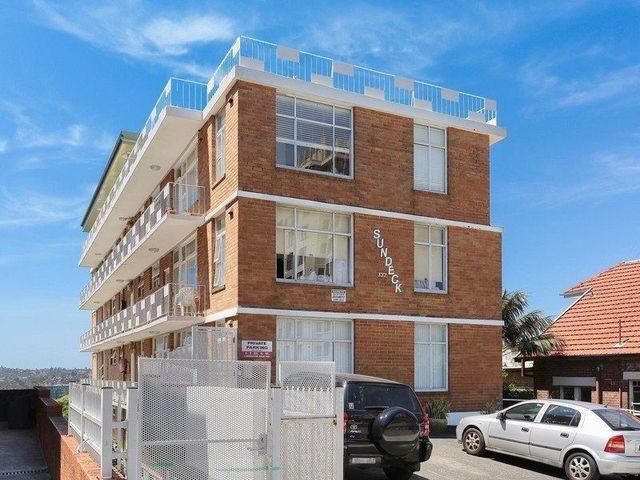 332 Bondi Rd, Bondi NSW 2026