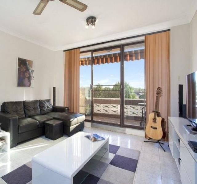 17/41 Clyde Street, NSW 2133