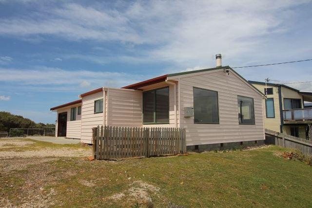 106 Main Road, Musselroe Bay TAS 7264