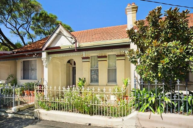 60 Frampton Avenue, NSW 2204