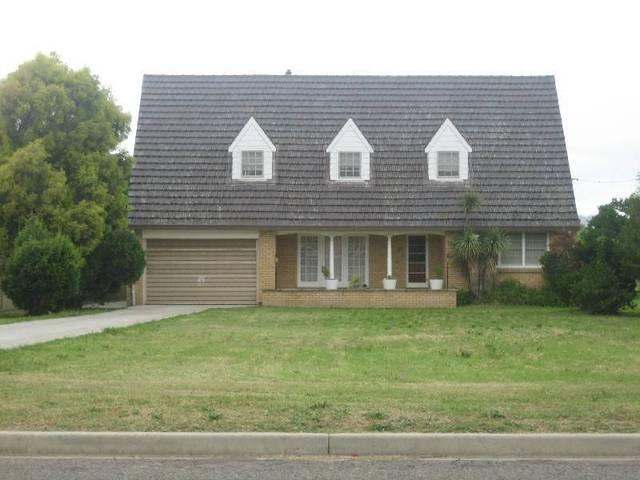 53 Paxton St, Denman NSW 2328