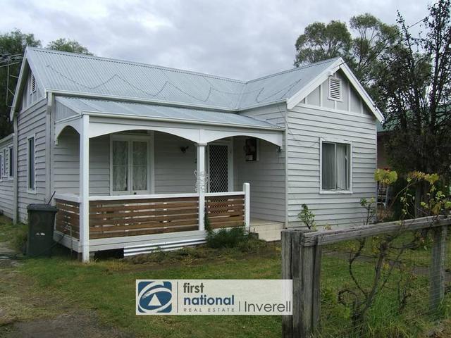 24 Medora Street, Inverell NSW 2360