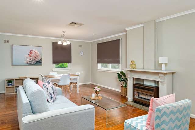 27 Gilmore Ave, NSW 2650