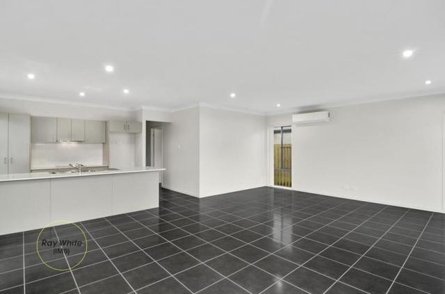 7 Vista Crescent, Pimpama QLD 4209