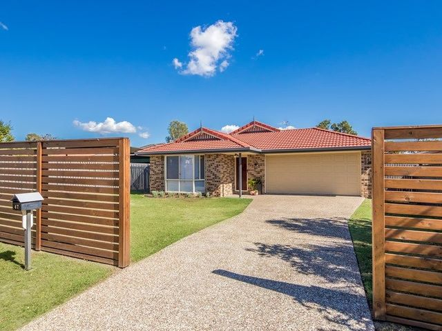 47 Murchison Street, Pacific Pines QLD 4211