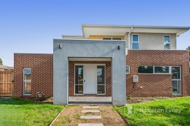 1/587 Middleborough  Road, VIC 3129
