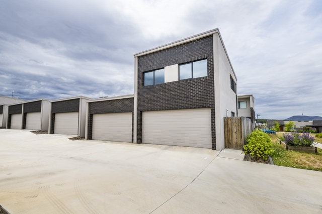 17A Finemore Street, ACT 2611
