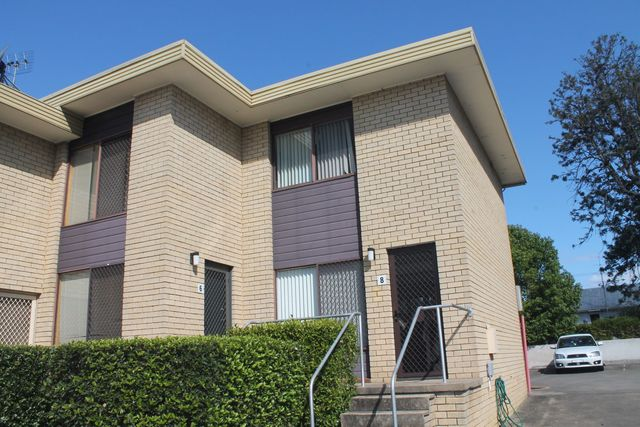 8/6 Campbell Place, NSW 2541