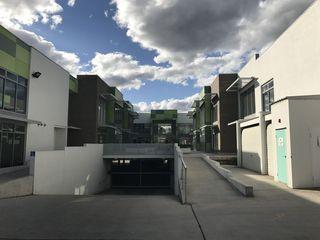 Unit 10/27 Yallourn Street