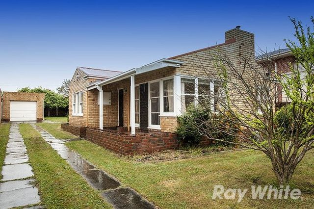 64 Bogong Avenue, Glen Waverley VIC 3150