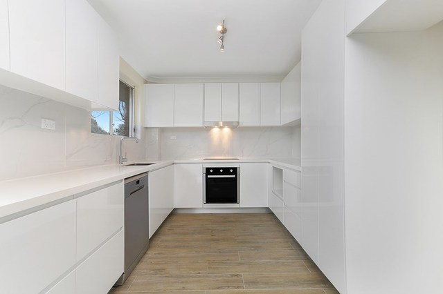 10/23-25 Priddle Street, Westmead NSW 2145