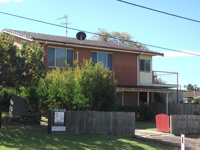 8 Manly Street, Tuross Head NSW 2537