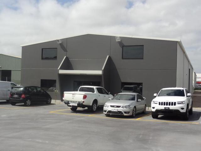 32-35 Industrial Place, Breakwater VIC 3219