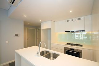 5** / 5 Wentworth Place