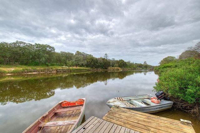 11 Backwater Retreat, Quindalup WA 6281