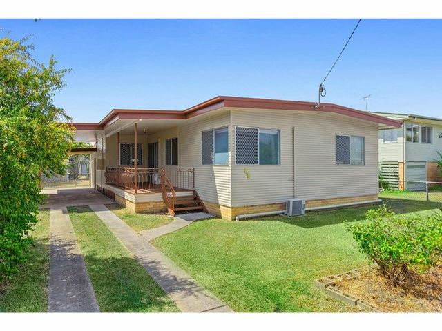 12 Churchill Street, QLD 4701