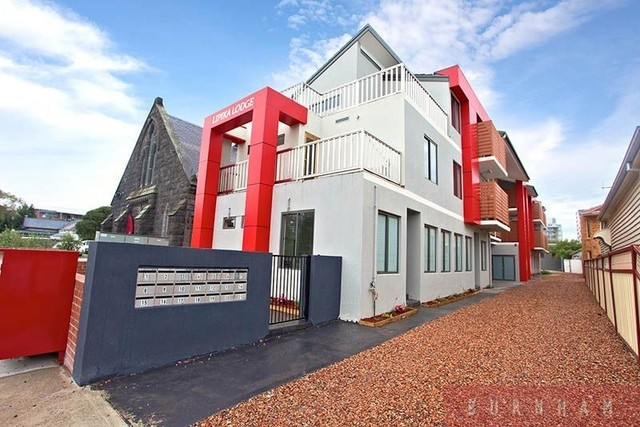 11/30 Pickett Street, Footscray VIC 3011