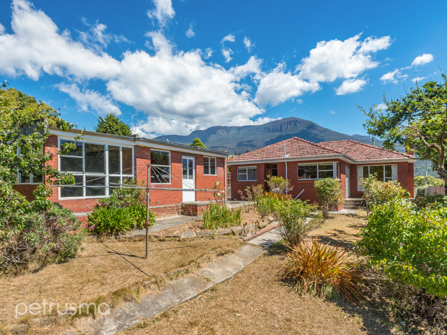 48 Hillborough Road, South Hobart TAS 7004