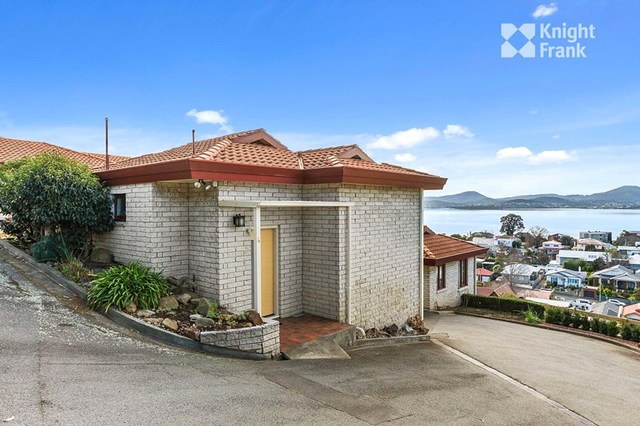 4/7A Chessington Court, Sandy Bay TAS 7005