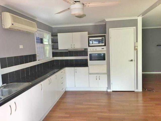 80 208-218 Elizabeth St, Urangan QLD 4655