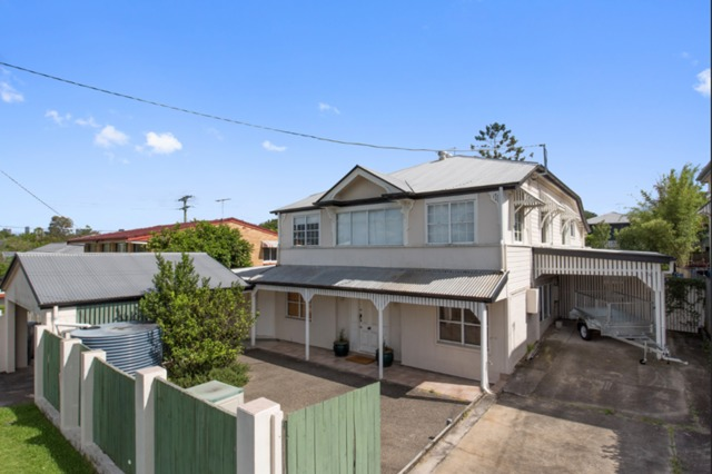 12 Morehead Avenue., Norman Park QLD 4170