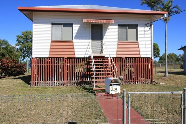 28 Eighth Avenue, Home Hill QLD 4806