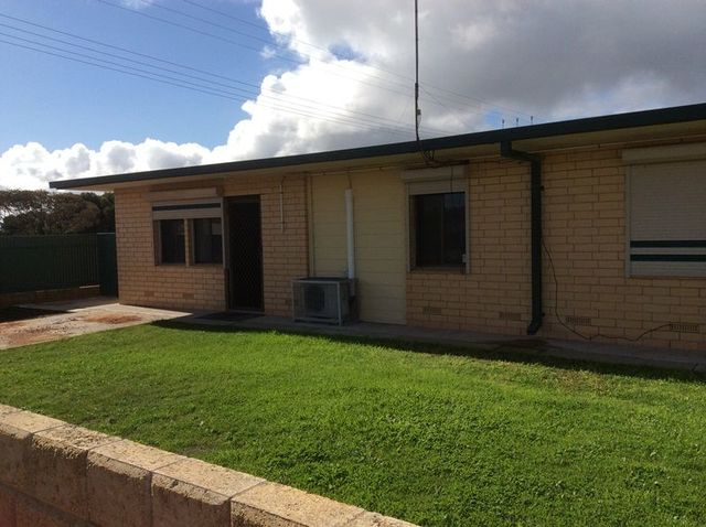 4/14 Will Street, Thevenard SA 5690
