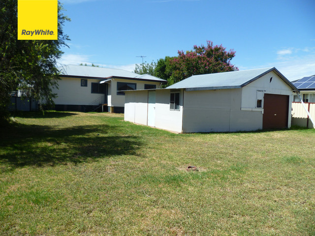74 Granville Street, Inverell NSW 2360
