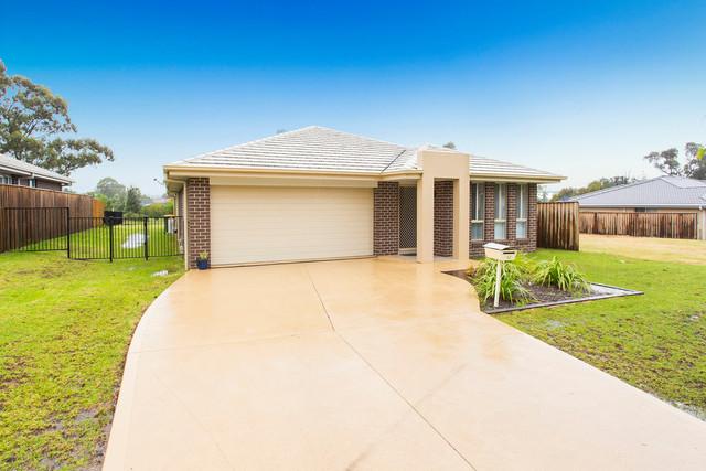 52 Stonebridge Drive, Cessnock NSW 2325