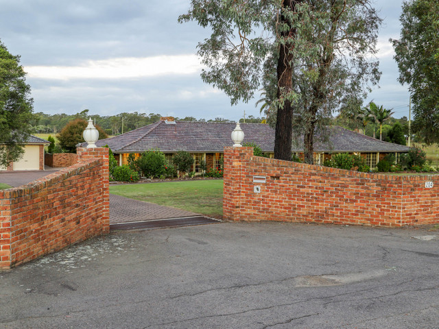 204 Wine Country Drive, Nulkaba NSW 2325