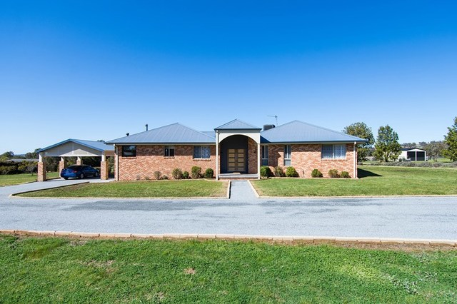 5 Peppermint Drive, Springvale NSW 2650