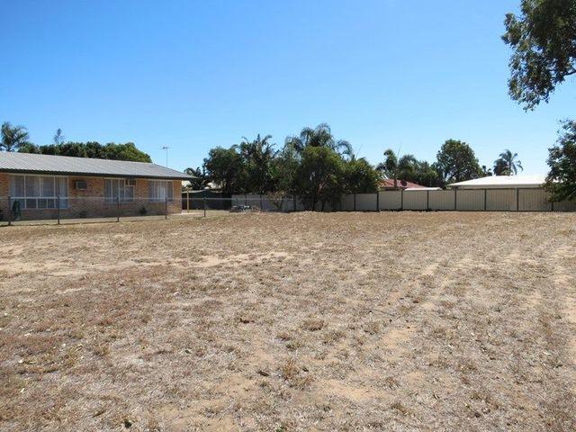 11 Fielder Place, Emerald QLD 4720