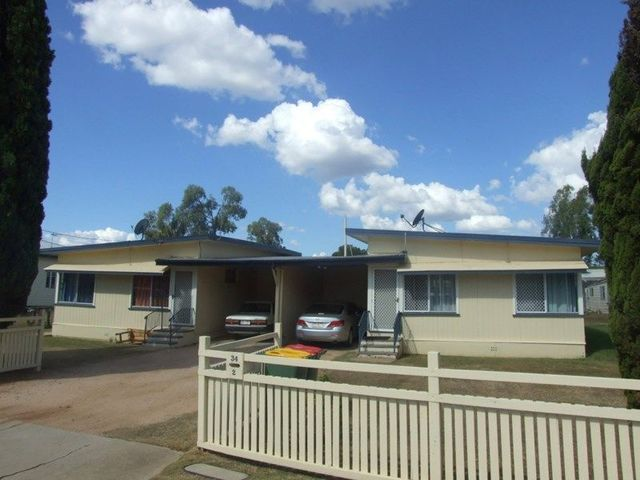 34 Campbell Street, Oakey QLD 4401