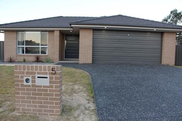5 Shedden Close, Gloucester NSW 2422